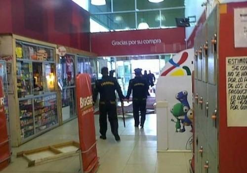 Harán llamado a policías retirados para seguridad en supermercados