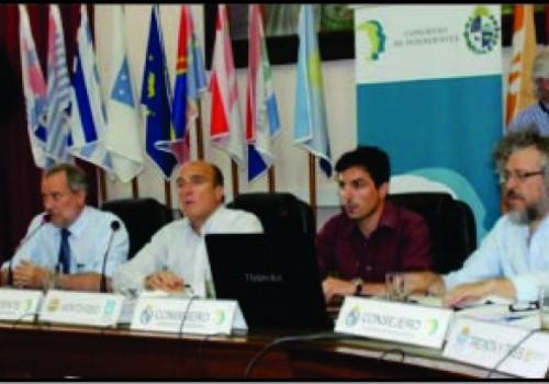 Congreso de Intendentes aprueba plan para refinanciar deudas