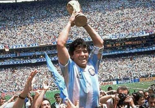 Maradona: 12 títulos con la selección, Napoli, Barça y Boca