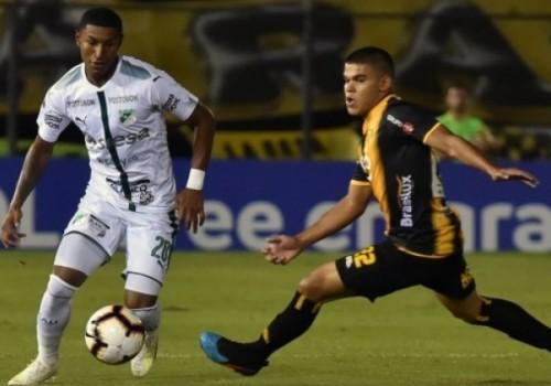 Agónico empate de Deportivo Cali ante Peñarol: 1-1