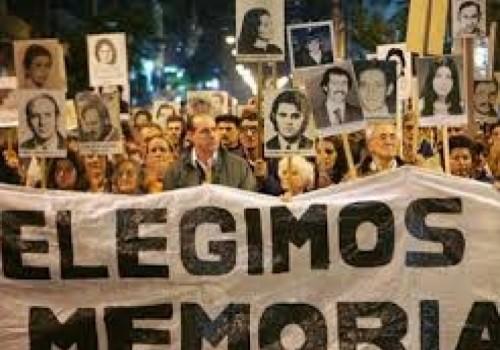 Marcha del silencio a las 19 horas en Avenida Rivera…