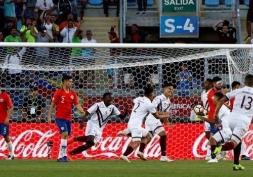 Venezuela lo dio vuelta y le ganó a Chile 2-1