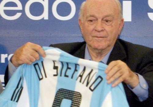 Alfredo Di Stéfano, DT campeón con Boca Juniors y River…
