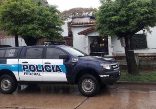 Se entregó a la policía el músico Pity Álvarez