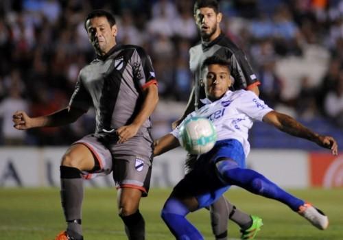 Nacional cayó ante Danubio 2-0 y sigue sin ganar tras…
