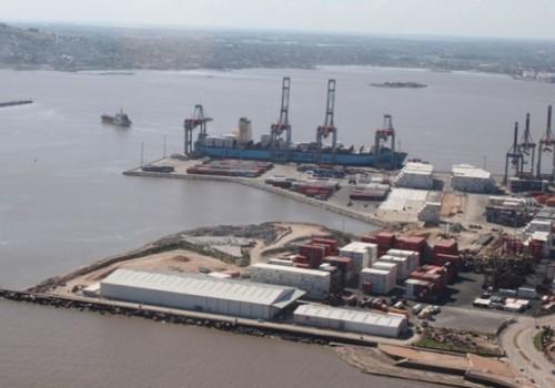 Huelga de trabajadores portuarios tras accidente