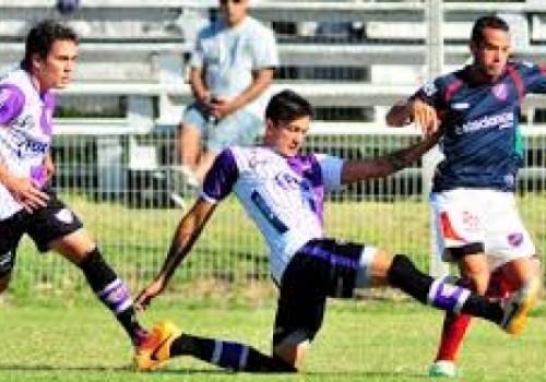 Atenas derrotó a Fénix 3-1 en Maldonado