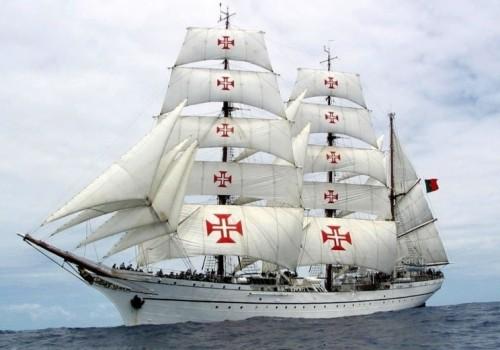 El buque escuela portugués Sagres llega a Uruguay
