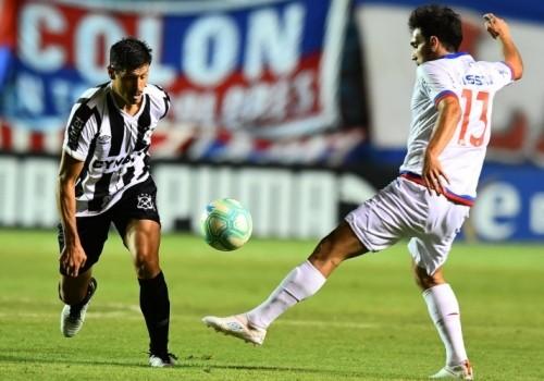 Nacional sigue sin ganar: Wanderers le empató de atrás