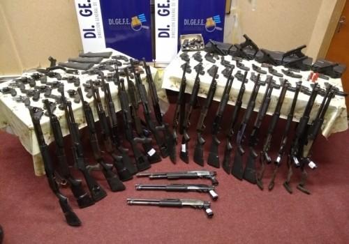 Incautan 74 de armas de fuego en situación irregular