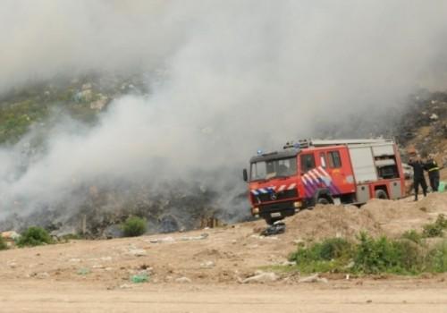 Incendio forestal cerca del Estadio Campeón del Siglo