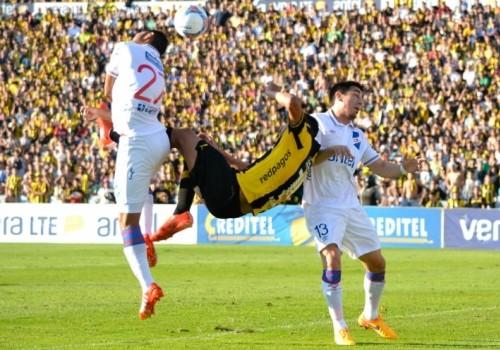 El clásico terminó empatado: Peñarol 1 – Nacional 1