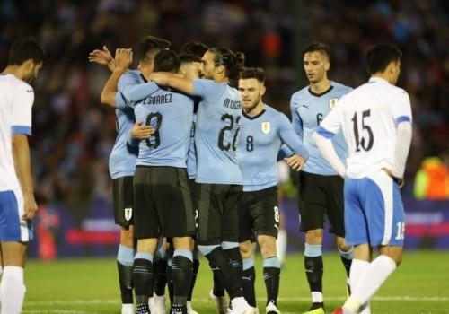 Uruguay se enfrenta a Uzbekistán