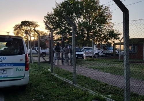 Operativo policial en viviendas CH84 de Casavalle