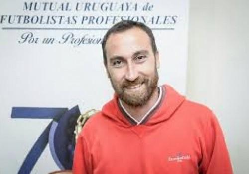 Michel Etulain renunció a la presidencia de la Mutual