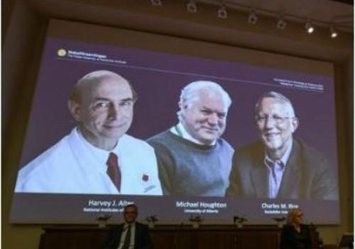Descubridores del virus de hepatitis C ganan el premio de…