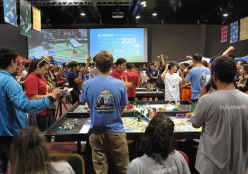 Más de 2000 participantes en la Olimpíada de Robótica