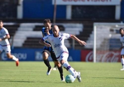 Agónico empate de Nacional ante Liverpool en Belvedere: 1-1