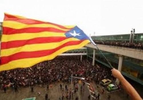 78 personas heridas en protestas en Barcelona