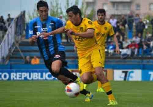 Fue empate entre Liverpool y Peñarol: 1-1