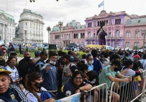 Gobierno extiende el velatorio de Diego Maradona hasta las 19…