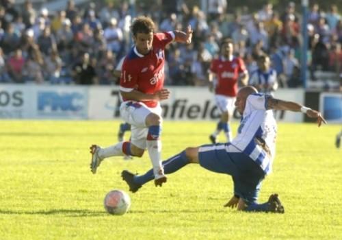 Cerro Largo y Nacional empataron en 2 goles en Melo