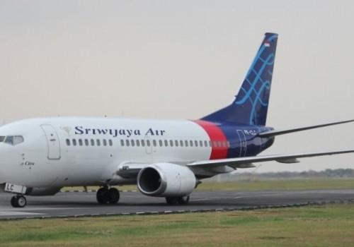 Se estrella avión con 62 personas a bordo