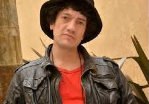 Pity Álvarez, popular músico de rock, buscado por homicidio