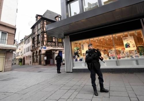 Tiroteo en Estrasburgo deja dos muertos y una docena de…