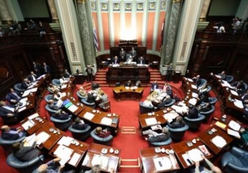 Fue aprobada ley de urgente consideración por 18 votos en…